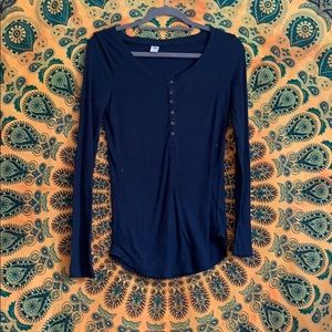Old navy blue long sleeve ribbed blouse
